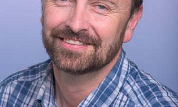Professor Russ Stothard