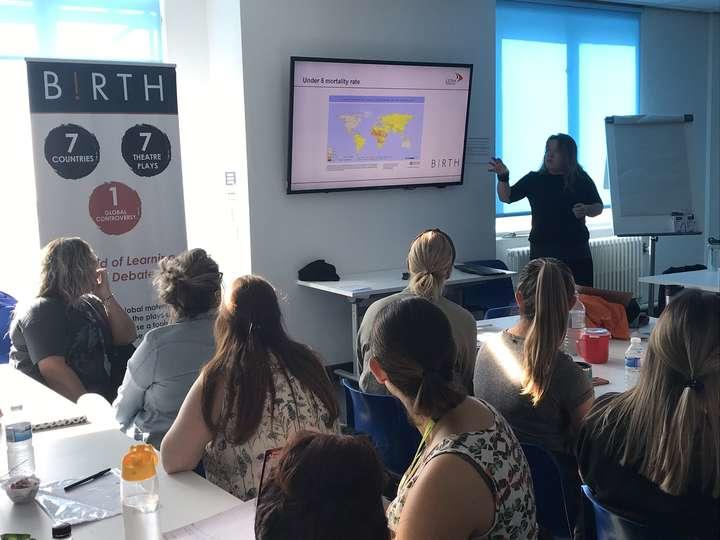 Hannah presenting at LJMU Birth session on fistula