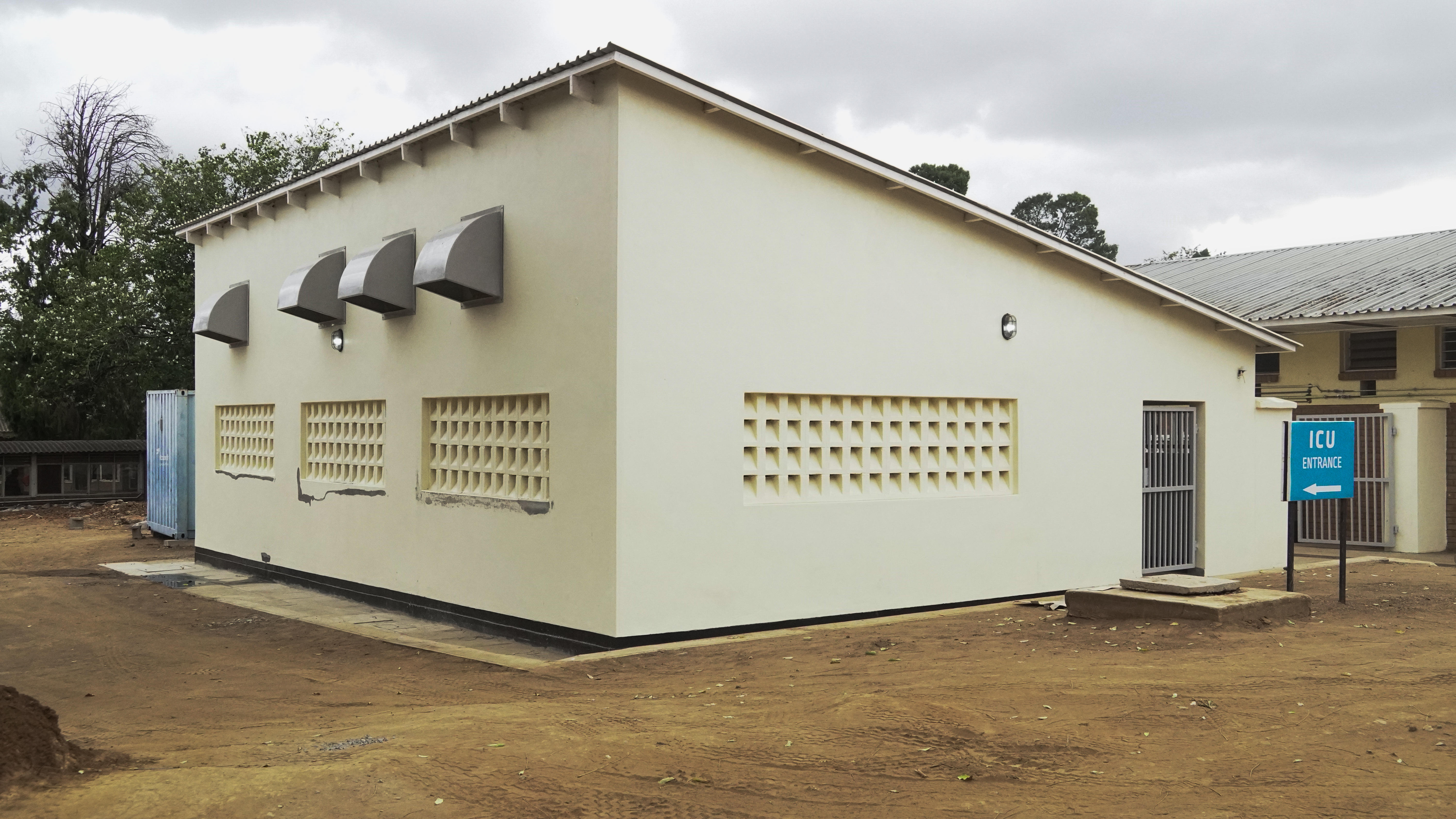 The oxygen plant next to Queen Elizabeth Hospital in Blantyre, Malawi. Photo credit: MLW