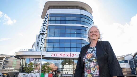 iiCON Director Professor Janet Hemingway