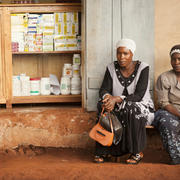 Hoima, Uganda : Two African Women
